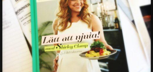 Viktväktarnas nya kokbok, LÄtt att njuta med Shirley Clamp.