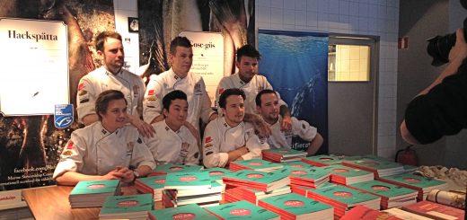 Juniorkocklandslaget fick utmärkelsen Guldfisken av MSC för sitt arbete med kokboken Blå fisk.