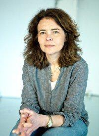 Anna K Sjögren kan vara experten i tv som slår ett slag för våra nödvändiga e-nummer!
