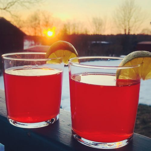 Ola Sunset, recept på en läskande drink med Sloe Gin.