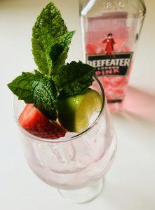 En variation på den vanliga GT:n med Beefeater Pink, smaksatt med jordgubb.