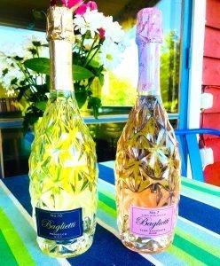 Bagliettis snygga flaskor blir den perfekta gå-bort-presenten.